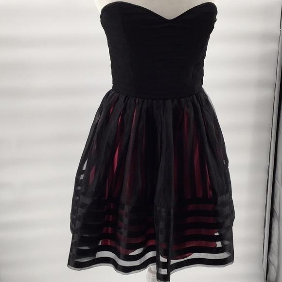 Betsey Johnson Dresses & Skirts - Betsey Johnson organza taffeta Party Dress 8